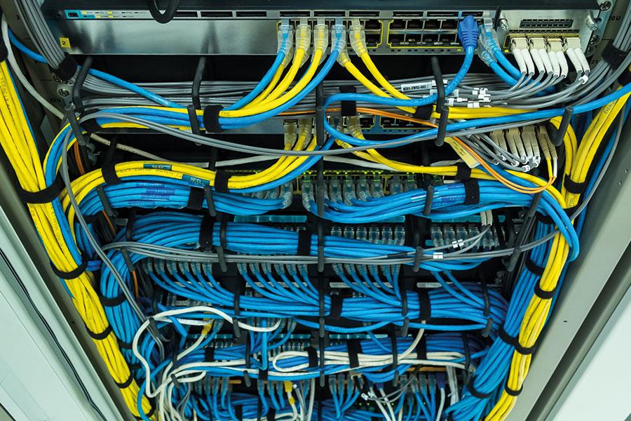 Datastekkers zijn kant en klare oplossingen om de data uit je bronsysteem of applicatie te ontsluiten